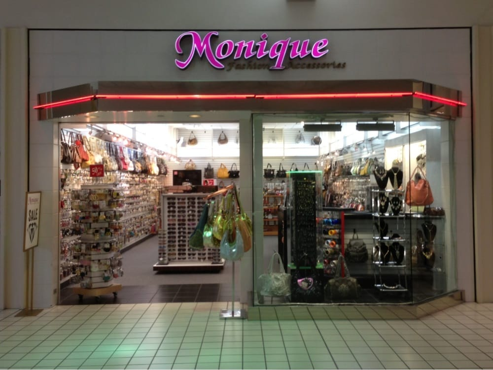 Monique clothing store exeter