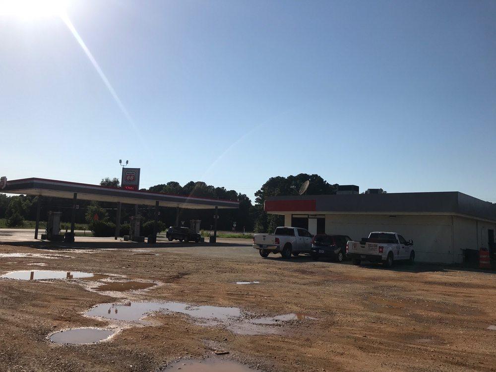 Photo of Dillard's Wrecker Service: Gurdon, AR