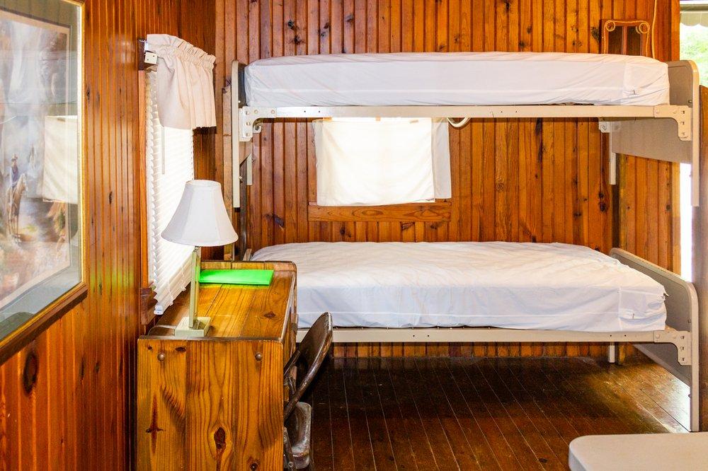 Arrowhead Cabin and Canoe: 69 Arrowhead Dr, Caddo Gap, AR