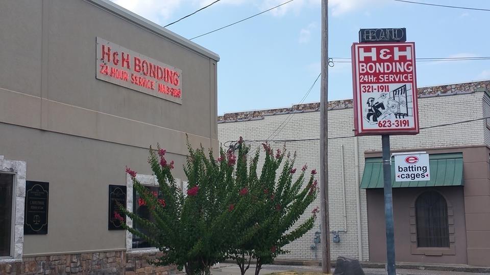 H & H Bail Bond: 524 Ouachita Ave, Hot Springs National Park, AR