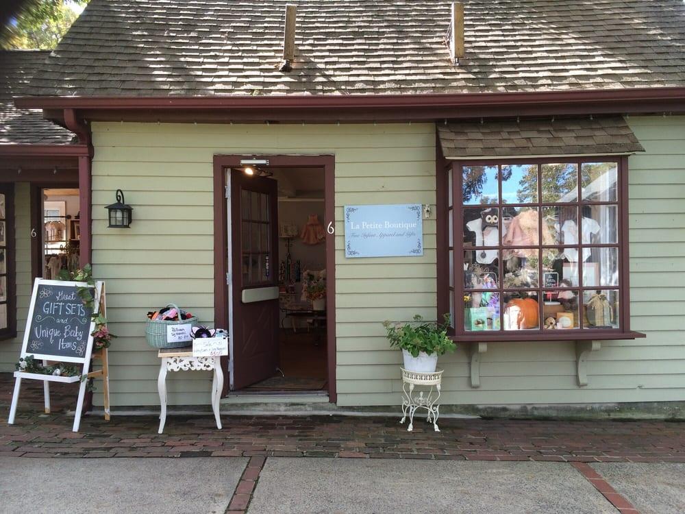 La Petite Boutique Smithville