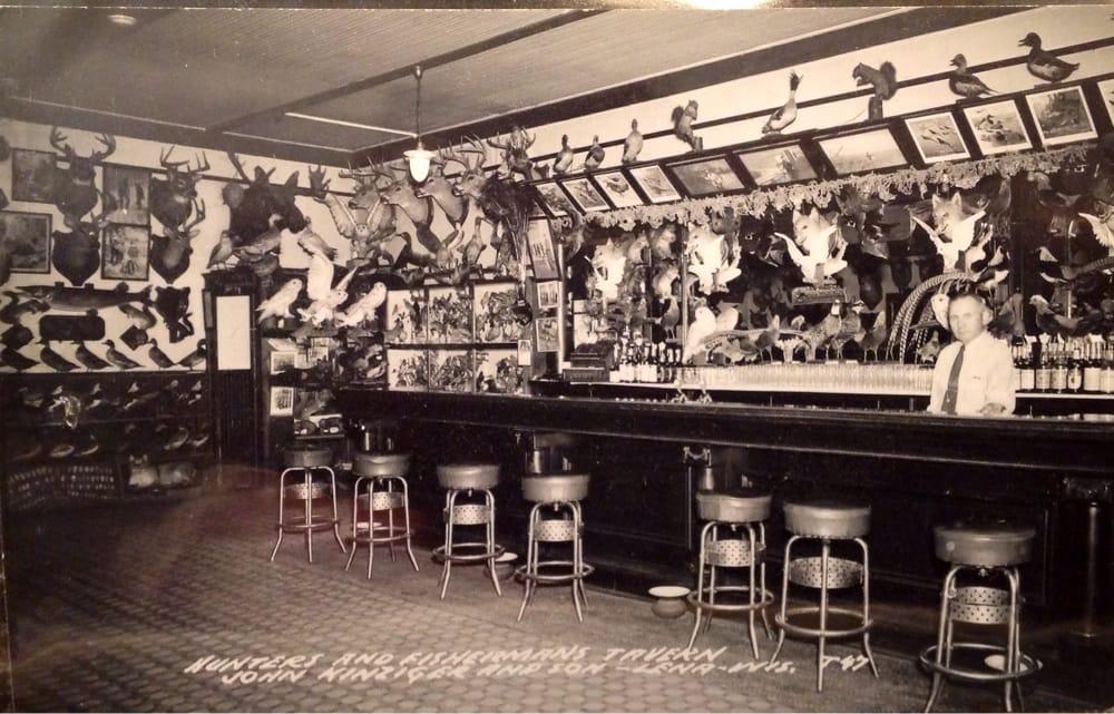 Demmith Hunter's & Fisherman's Tavern: 133 W Main, Lena, WI