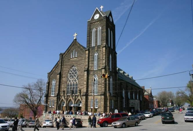 St. Mary's Catholic Church: 519 E 4th St, Alton, IL
