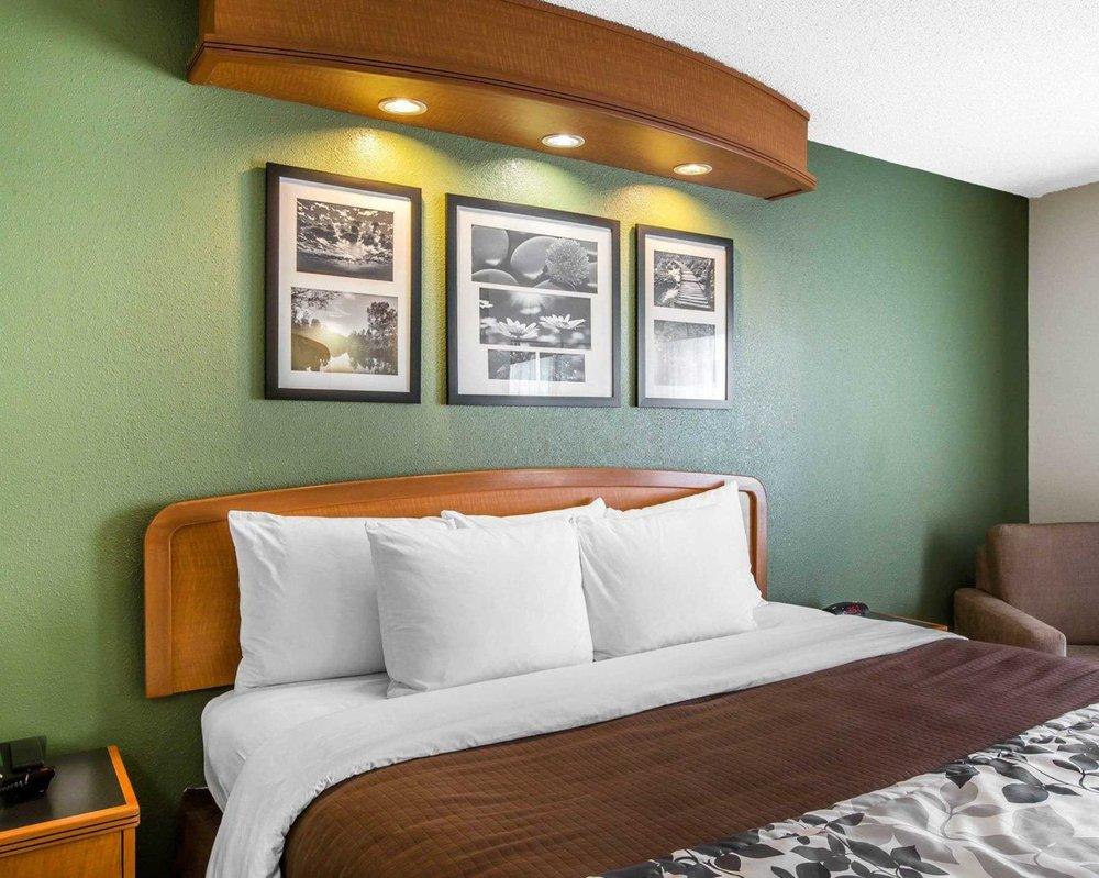 Sleep Inn & Suites: 621 SR 24-27 Bypass, Albemarle, NC