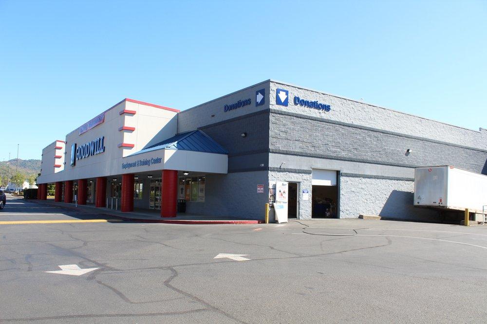 Southern Oregon Goodwill: 2455 NW Stewart Pkwy, Roseburg, OR