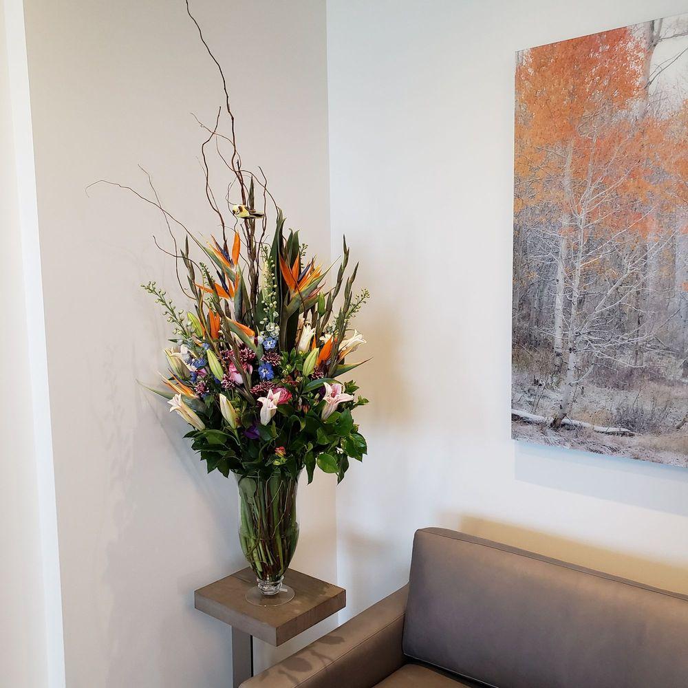 Sunflower Florist: 4206 W Chinden Blvd, Garden City, ID