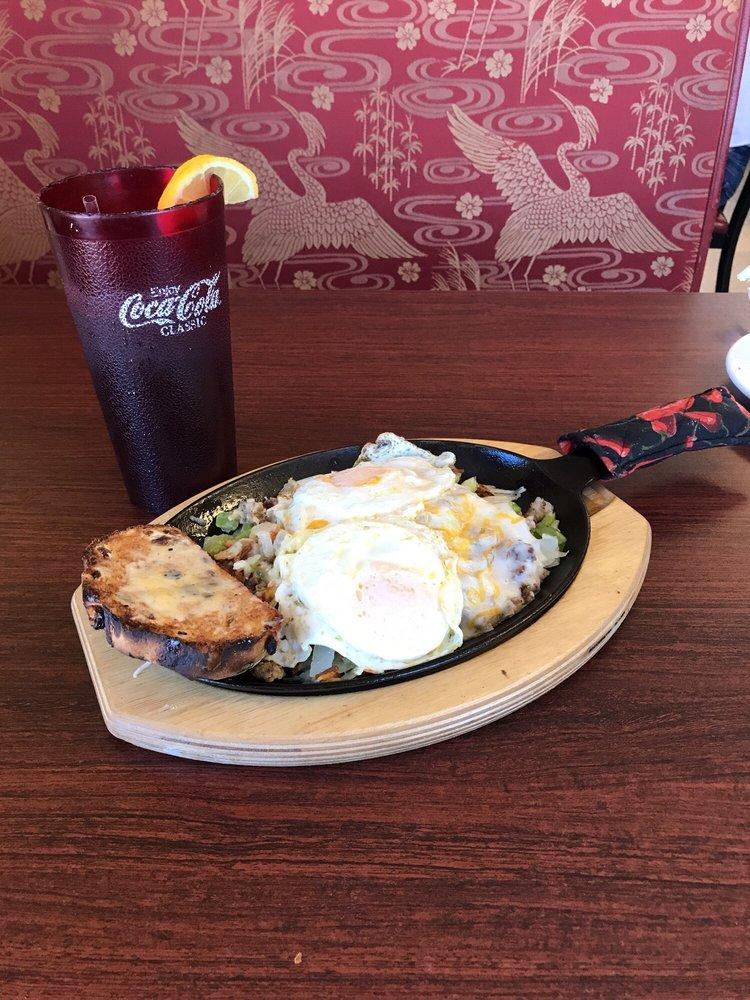 Gabe's Café: 500 8th St, Dacono, CO