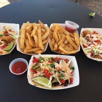 Bro s fish tacos 104 photos 52 reviews food trucks for Flounder fish tacos