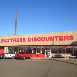 Mattress discounters closed 10 photos furniture for Furniture yakima wa