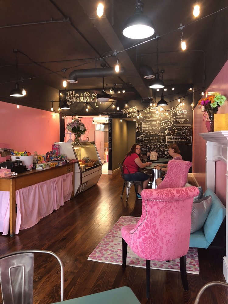 The Sugar Shoppe Bakery: 209 Market St, Brookville, OH