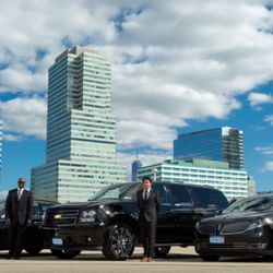 GroundLink is the best ground transportation and limo service option for business and frequent travelers and travel arrangers. Utilizing technology, GroundLInk .