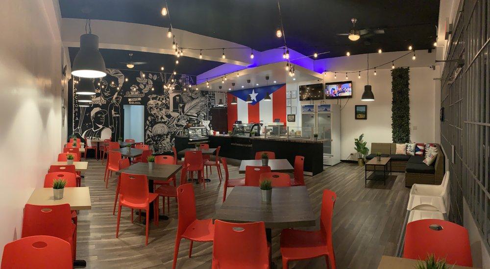 Boulevard Cafe: Carr 3 Marginal S/N, Carolina, PR
