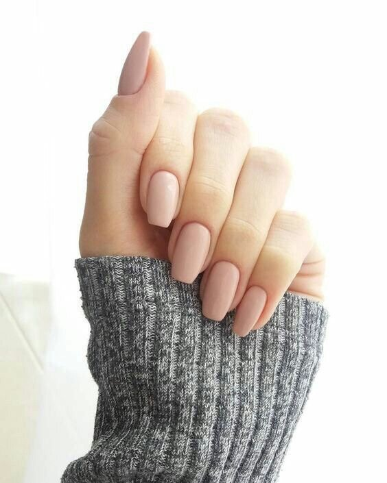 The semi-short soft pink coffin shaped nails I showed to the nail ...