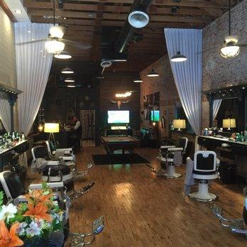 Mister Brown's Barber Shop 107 s & 284 Reviews