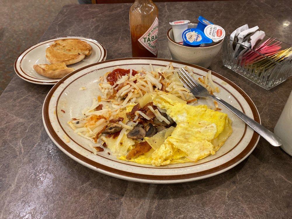 Homestead Family Restaurant: 1355 Parkway Dr, Blackfoot, ID