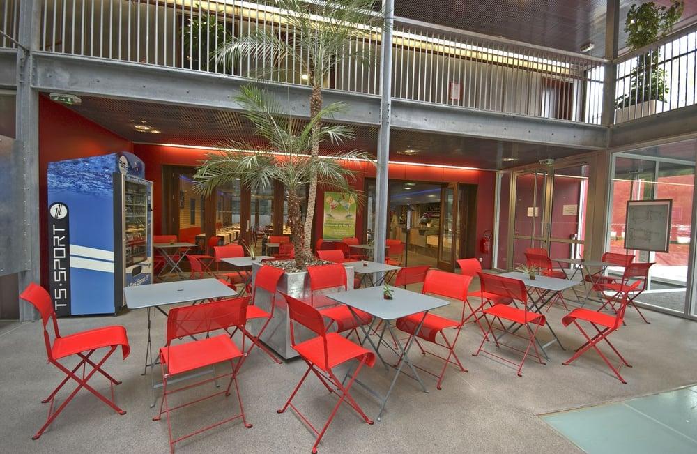 Le caf du petit port cafes bd du petit port nantes - Restaurant les terrasses du petit port nantes ...