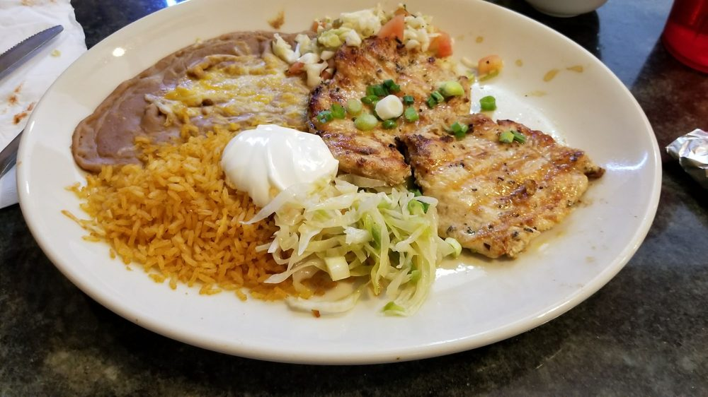 Mi Ranchito: 142 Independence St, Berkeley Springs, WV