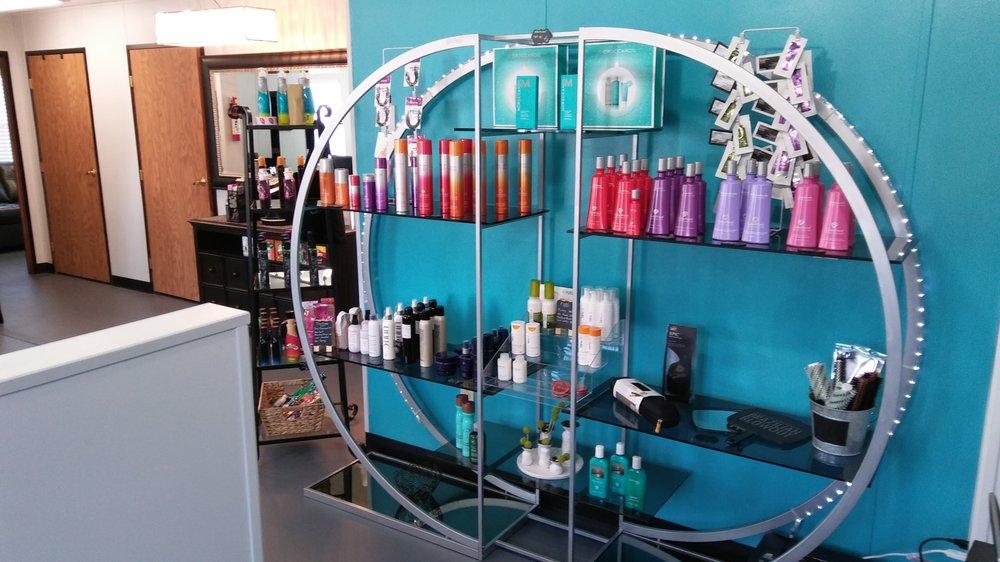 Trend Masters Salon: 207 Main St, Mathews, VA