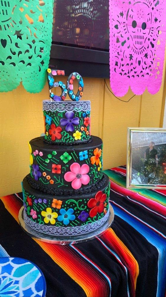 Persect Custom Cakes: Magalia, CA