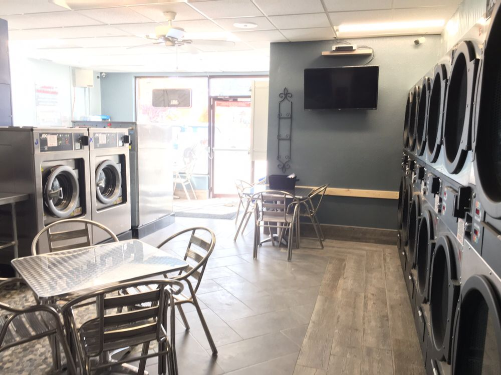 Rocky Mountain Laundries: 701 Grand Ave, Grand Lake, CO