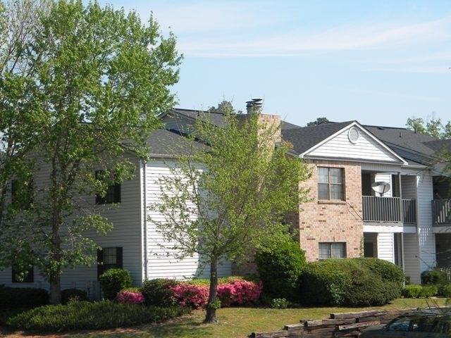 Spring Lake Point Apartments Shreveport