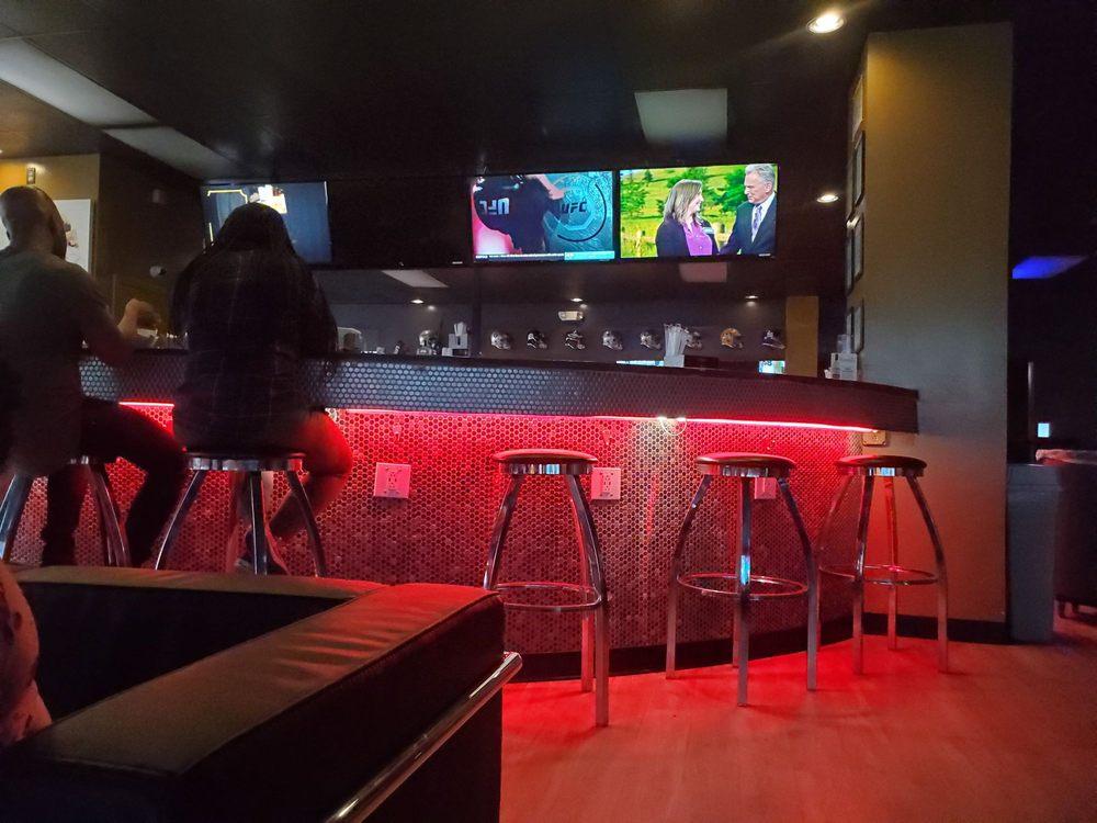 Next Level Sport and Cigar Bar: 2857 Appling Way, Memphis, TN