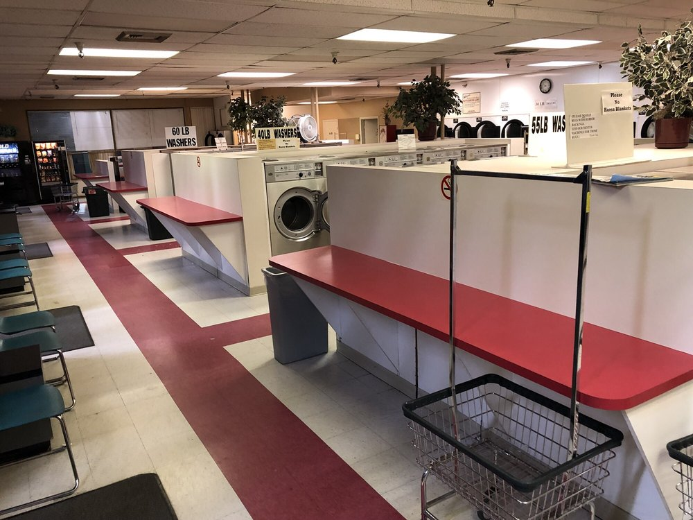 King City Coin Laundry: 15785 SW 116th Ave, King City, OR