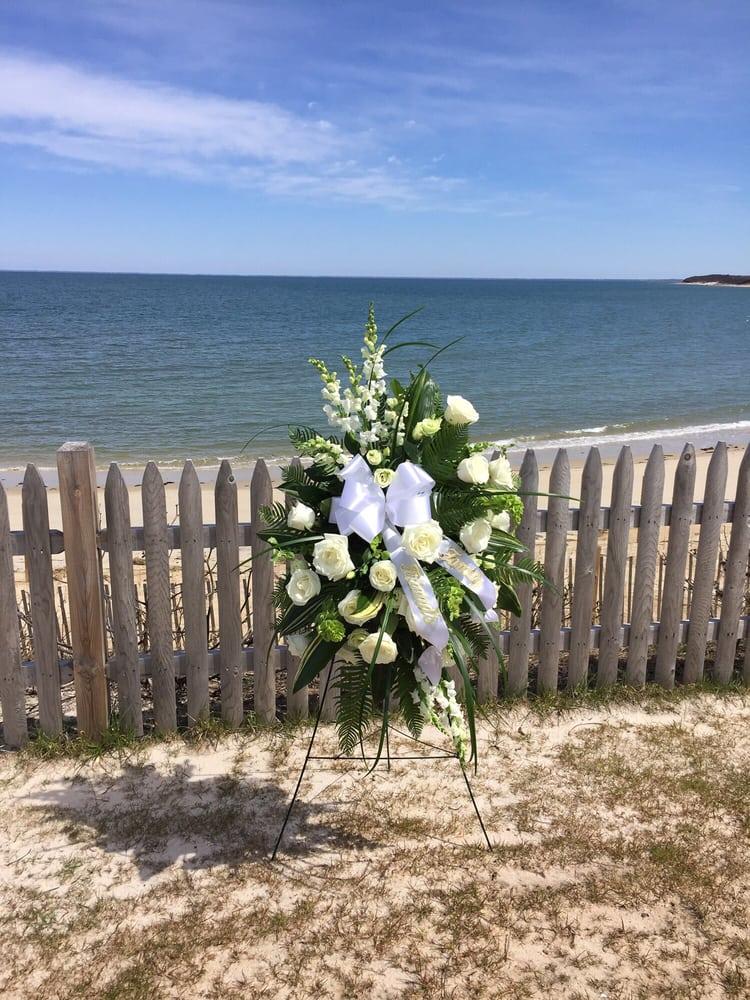 Amelia Rose Florals: 704 Milford Rd, Merrimack, NH