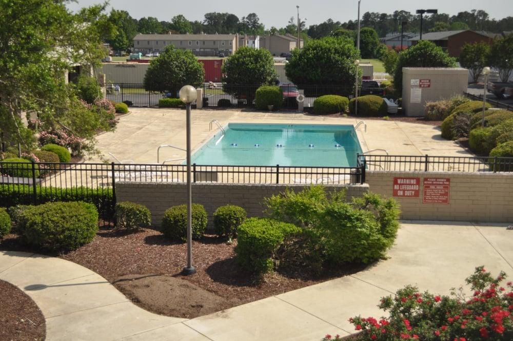 Holiday Inn Greenville: 203 SW Greenville Blvd, Greenville, NC