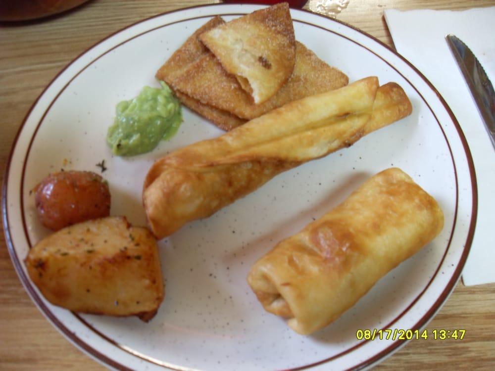 Azteca Mexican Restaurant: 416 Short St, Brownstown, IN