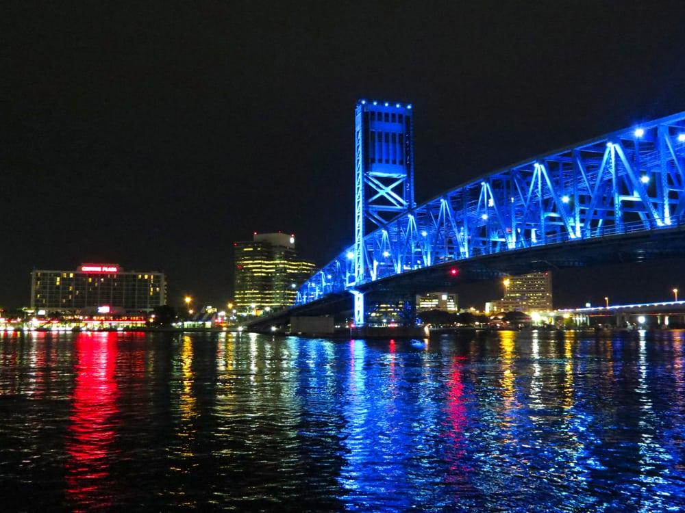 Restaurants Near The Jacksonville Landing
