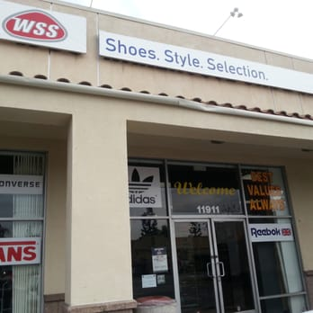 Wss shoe store locations : Cheap hotels in denton tx