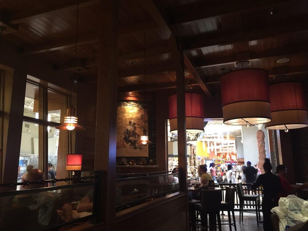 Good Restaurants Near Opry Mills