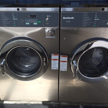 E Coin Laundry 33 Photos Amp 15 Reviews Dry Cleaning