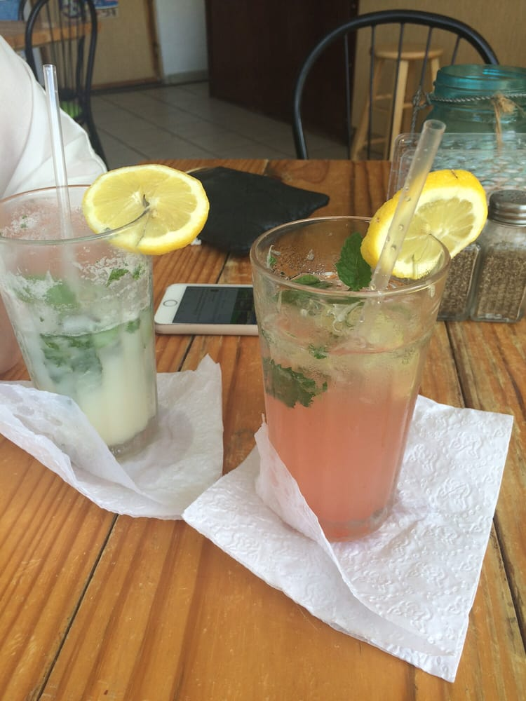 Havana's Bar and Grill: Puerto Rico 681, Arecibo, PR
