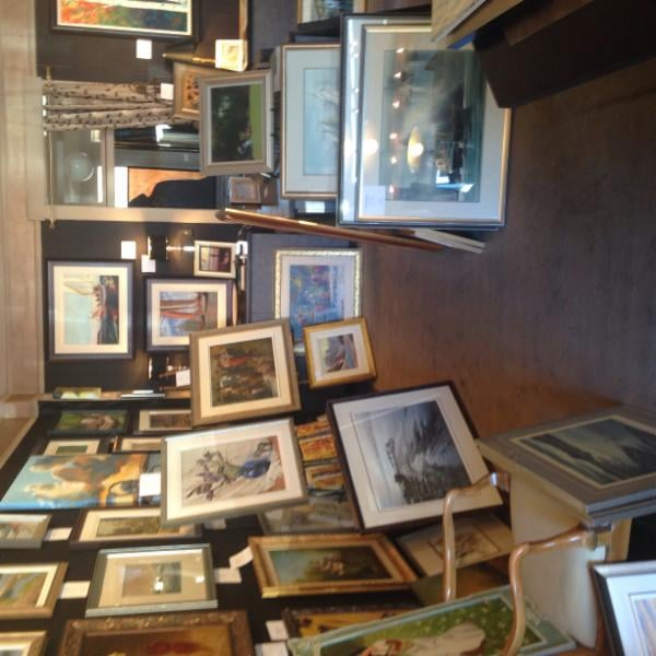 The Gallery In The Oak Bay Village Home Decor 2223a