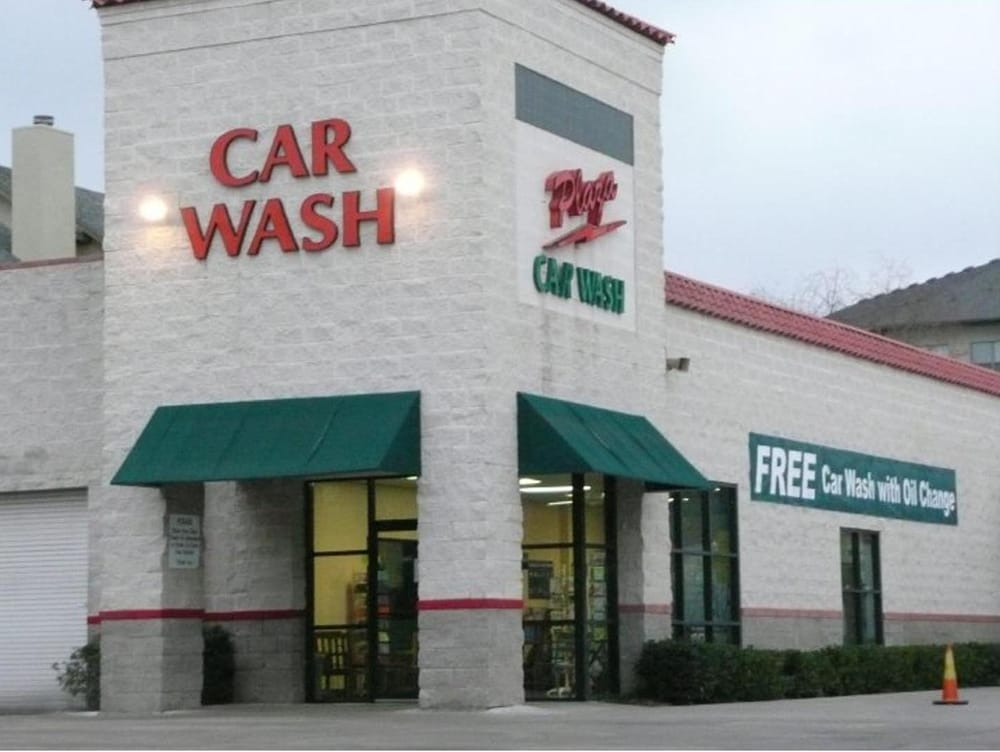 plaza car wash lube center 27 fotos y 85 rese as lavado de autos 5220 lemmon ave dallas. Black Bedroom Furniture Sets. Home Design Ideas