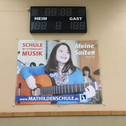 Mathildenschule 10 photos primary schools for Hs offenbach