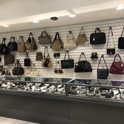 414c388c34b Oliver Jewellery - 12 Photos   29 Reviews - Pawn Shops - 366 Eglinton  Avenue W