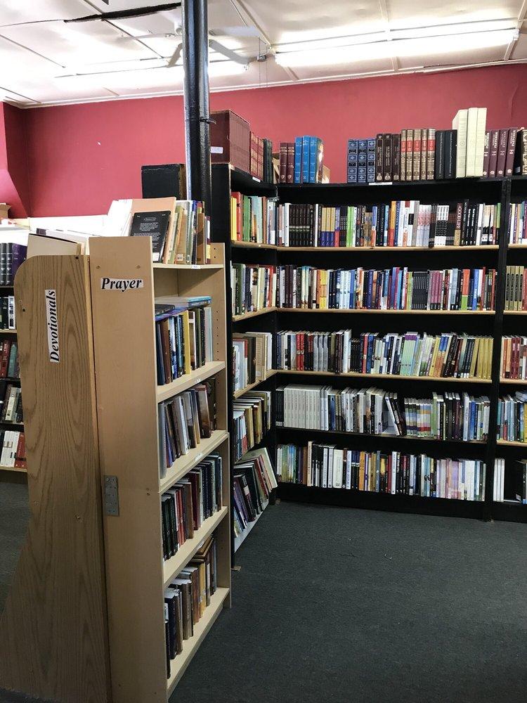 Christian Book Nook: 2116 S Preston St, Louisville, KY
