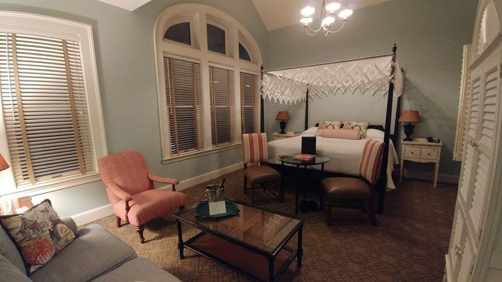 photos for fulton lane inn yelp. Black Bedroom Furniture Sets. Home Design Ideas