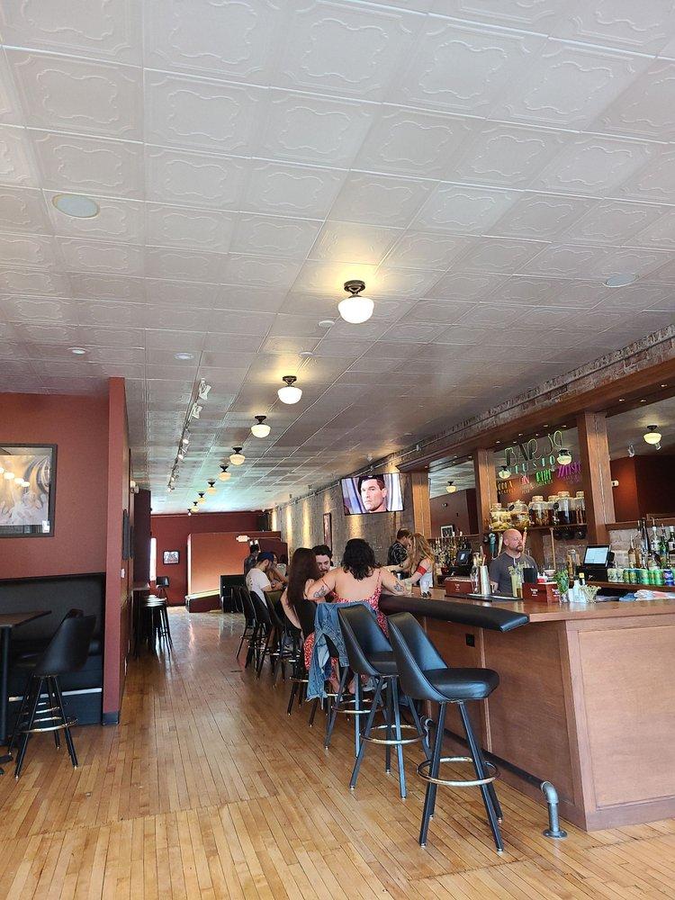 Bar 39: 3916 Farnam St, Omaha, NE