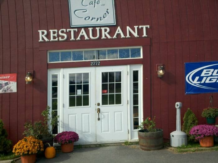 Happy Corner Cafe: 2787 N Main St, Pittsburg, NH