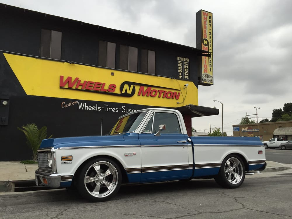 1972 Chevy C10 Super on 20