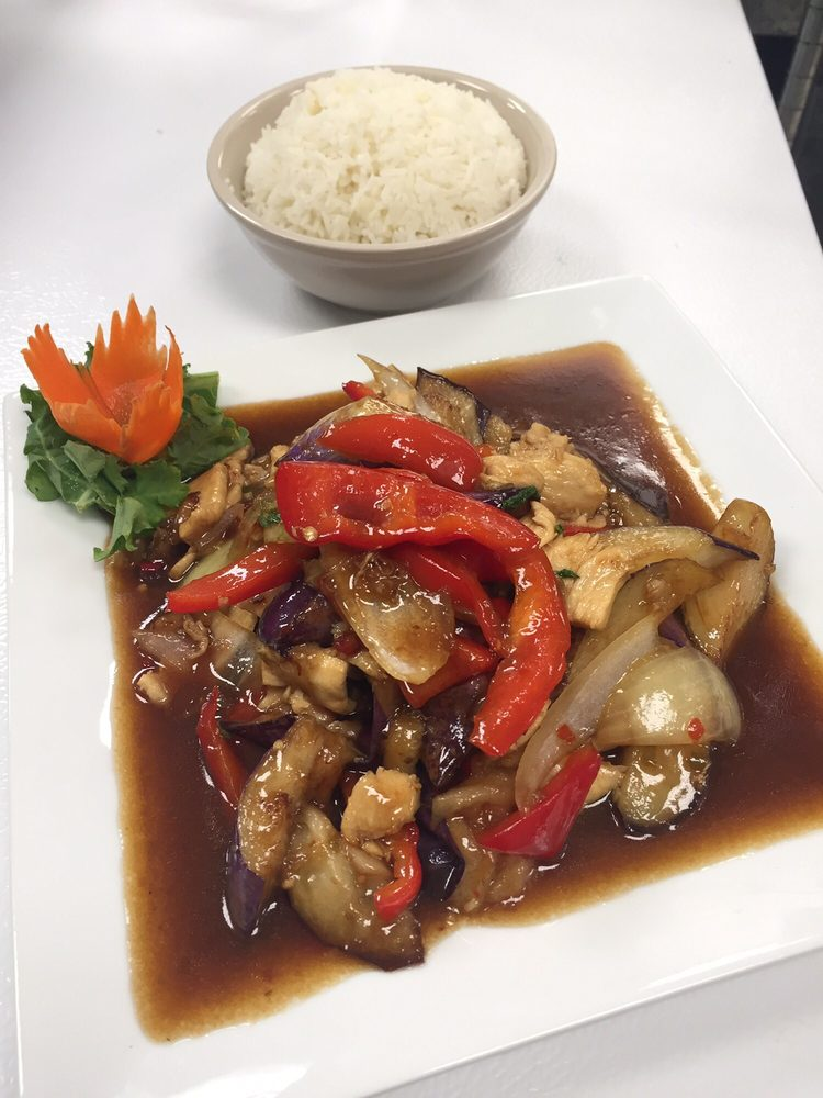 Thai O'Cha: 14096 Trade Center Dr, Fishers, IN