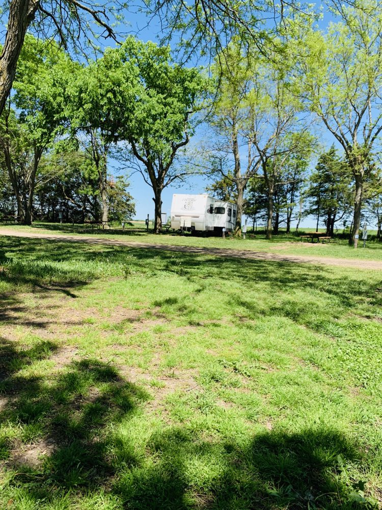 Betts Campground: 25473 403rd Ave, Mitchell, SD