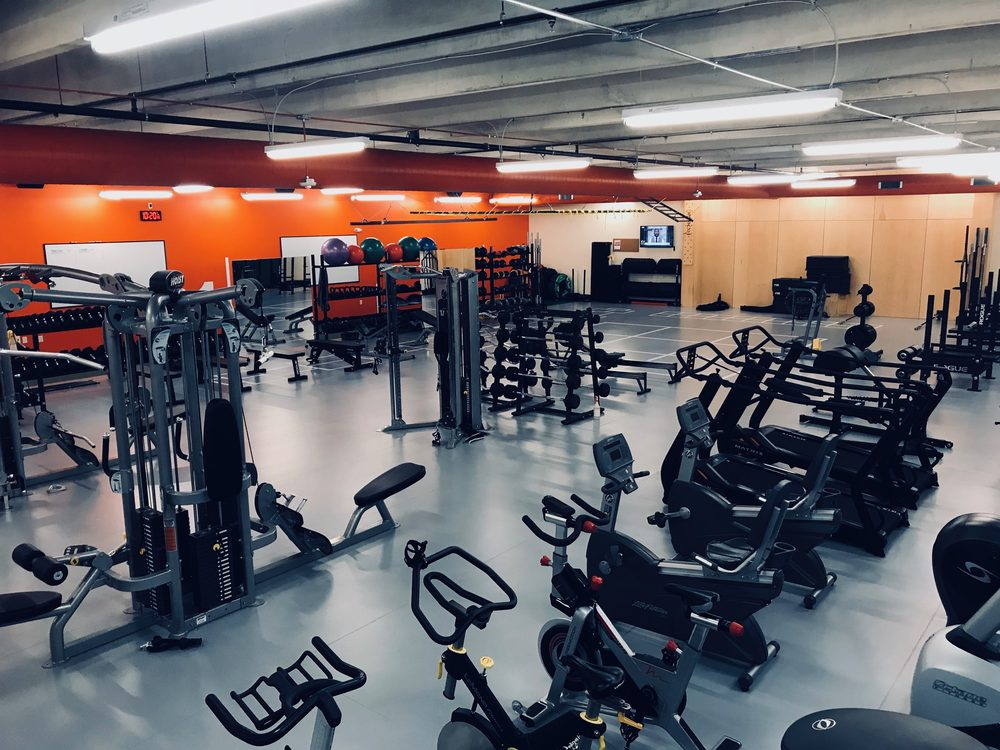 Thrive Gym: 2205 East Grantview Dr, Coralville, IA