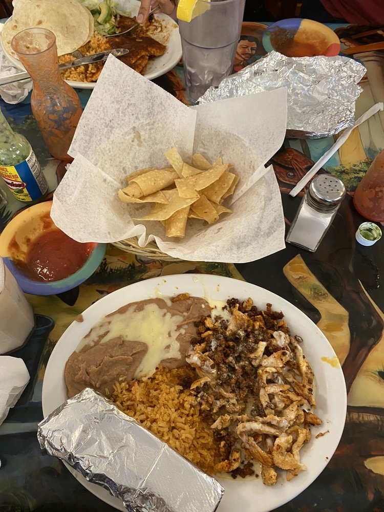 Jalisco Mexican Restaurant: 107 N Main St, Lindsborg, KS