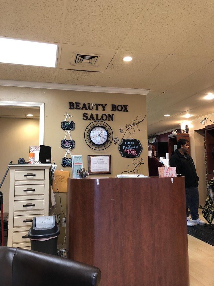 Sammi's Beauty Box: 1900 Brewerton Rd, Mattydale, NY