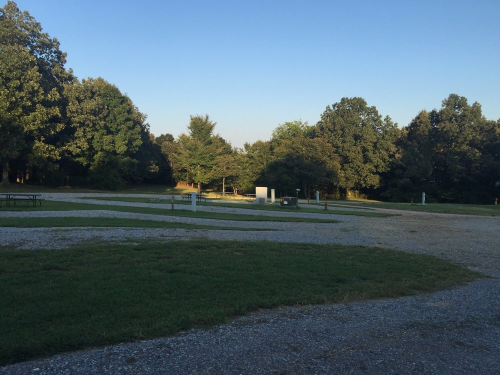 Stage Coach Station Campground: 230 Easy St, Benton, KY